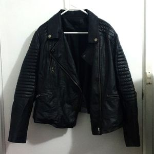 Asos curve AUS22 Black real leather biker jacket